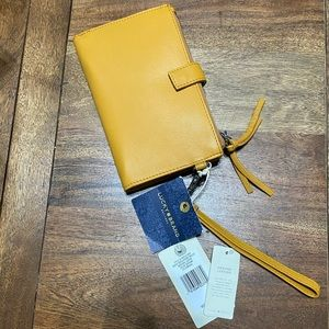 Lucky Brand Rayla Single Leather Zip Wristlet
